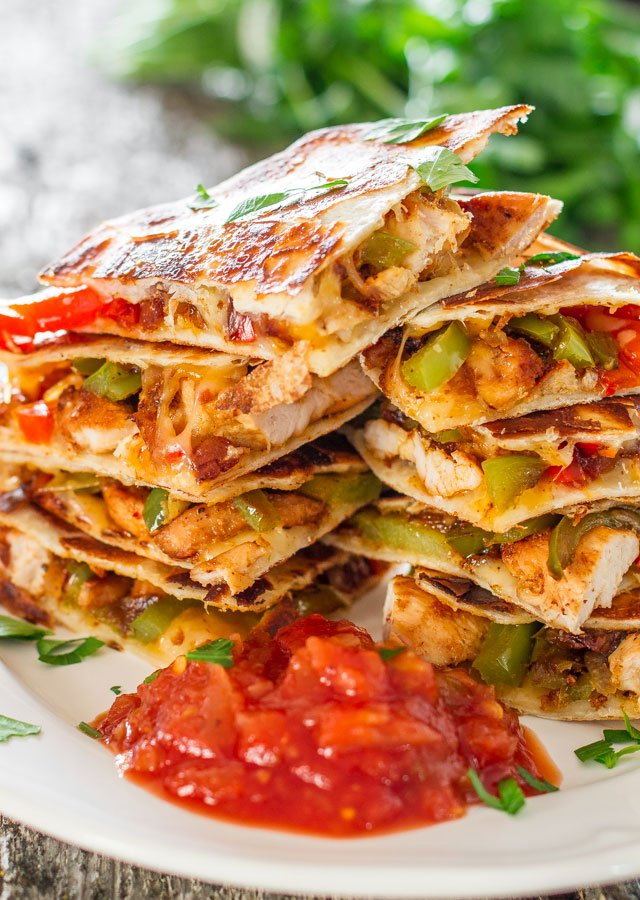 chicken-fajita-quesadillas-4